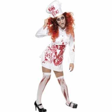 Kokkin carnavalpak met bloed