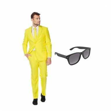 Verkleed geel net heren carnavalpak maat 56 (xxxl) met gratis zonnebr