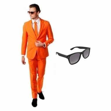 Verkleed oranje net heren carnavalpak maat 50 (l) met gratis zonnebri