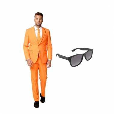 Verkleed oranje net heren carnavalpak maat 52 (xl) met gratis zonnebr