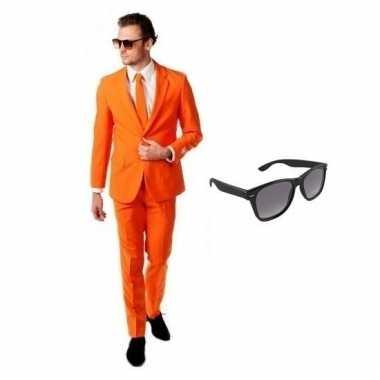 Verkleed oranje net heren carnavalpak maat 56 (3xl) met gratis zonneb
