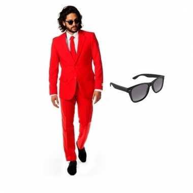 Verkleed rood net heren carnavalpak maat 54 (2xl) met gratis zonnebri