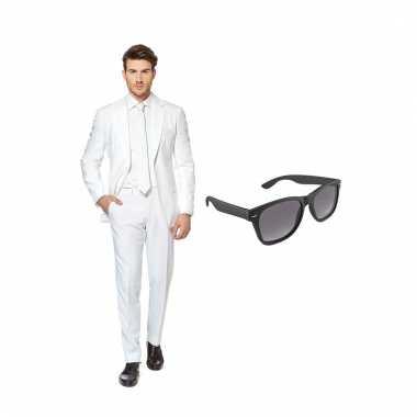 Verkleed wit net heren carnavalpak maat 58 (xxxxl) met gratis zonnebr